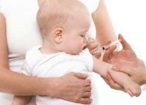 美国宝宝打疫苗