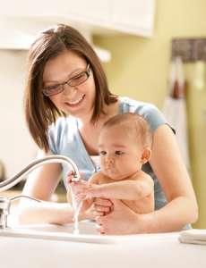 选购使用婴儿湿巾的注意事项