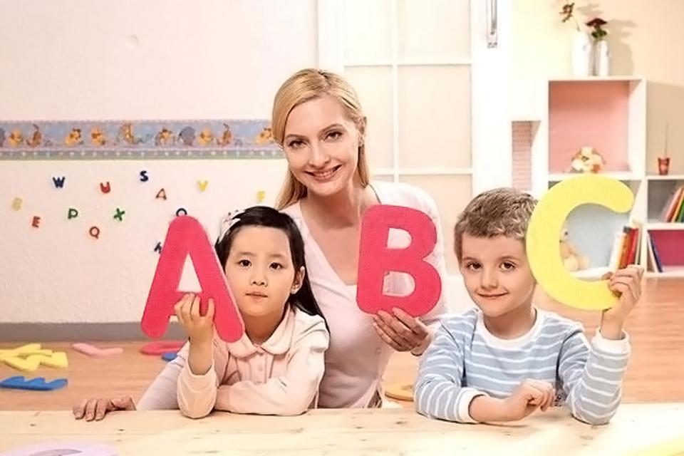 美国妈妈怎样教孩子学英语