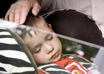 宝宝晕车怎么办
