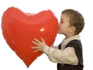 怎样让宝宝理解爱