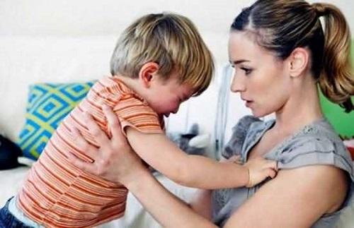 宝宝发脾气父母怎么处理