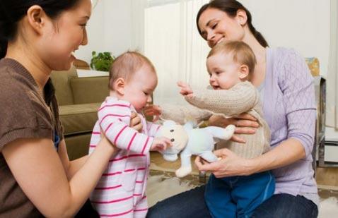 如何刺激宝宝大脑发育