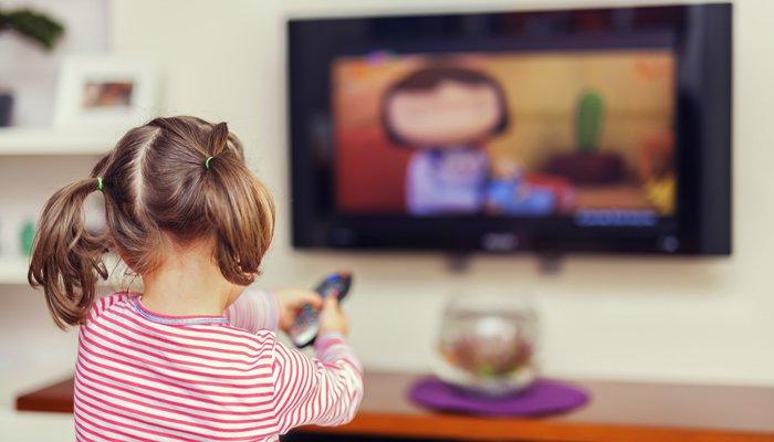 宝宝看电视好不好