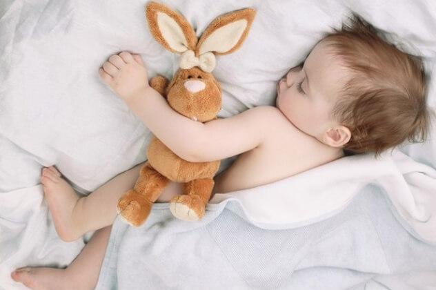 夏天如何防止宝宝睡觉着凉