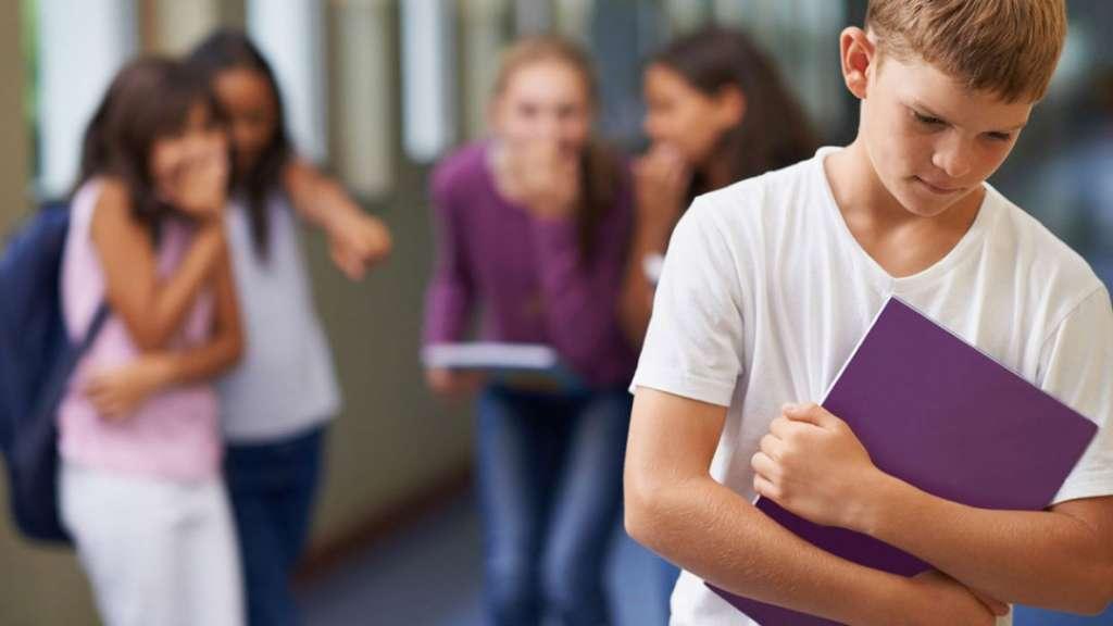 孩子在学校被欺负了怎么办