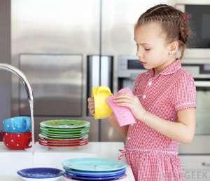 不同年龄段宝宝做家务的指南