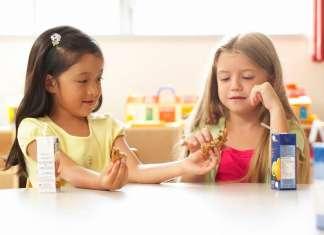 怎样引导宝宝学会分享