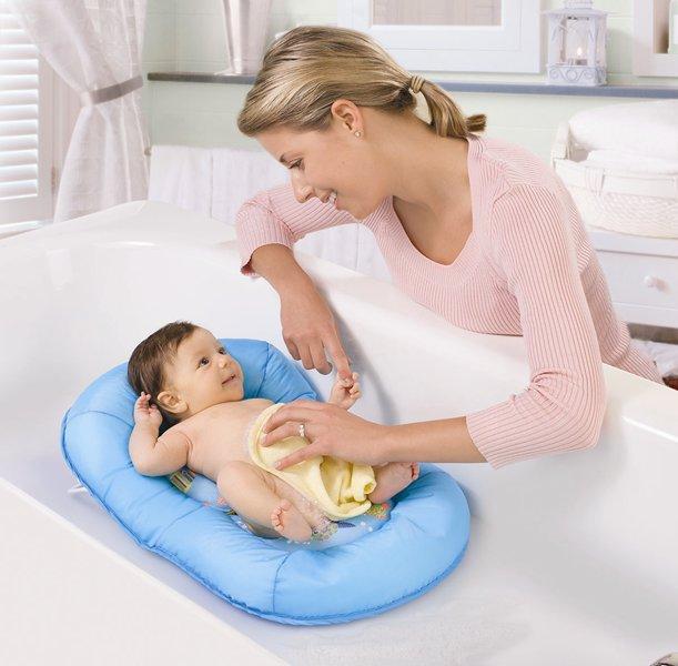宝宝第一次洗澡