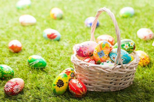 美国家庭庆祝复活节的活动