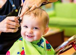 宝宝第一次剪头发
