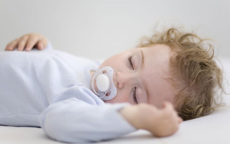 0~1岁宝宝睡眠基本知识