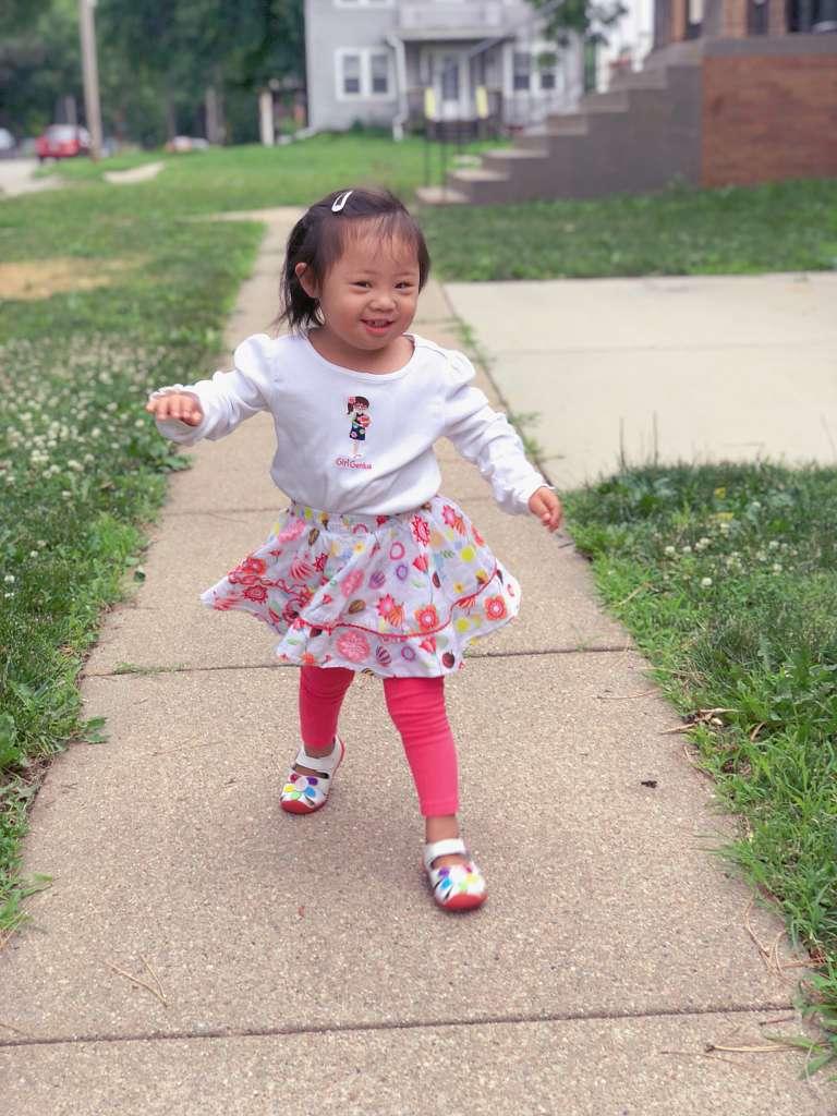 帮助唐氏宝宝练习走路的经验分享