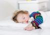 宝宝每天要睡几个小时