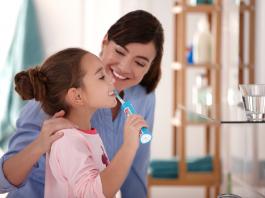 儿童电动牙刷