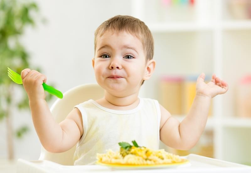 宝宝吃辅食用什么餐具好