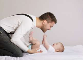 爸爸如何与新生儿bonding