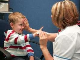 孩子多大开始检查眼睛