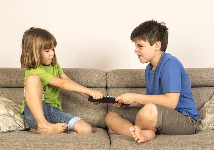 孩子打人父母怎么教育