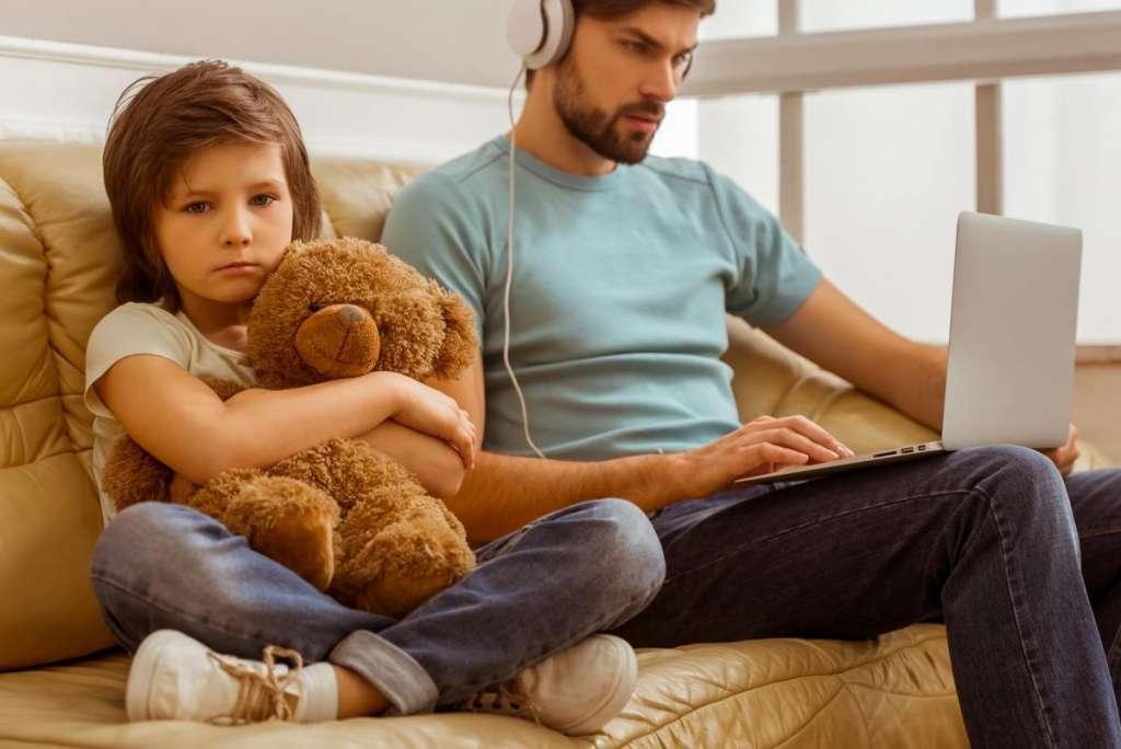 爸妈该怎样教育孩子
