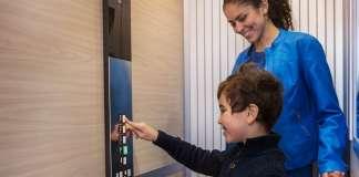 孩子乘坐电梯安全知识