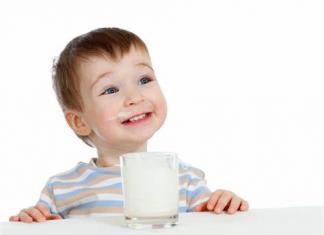 美国宝宝喝鲜奶