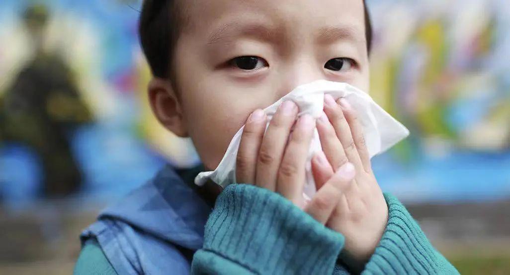 孩子感冒了怎么办?怎样缓解症状?什么时候要吃药、看医生?
